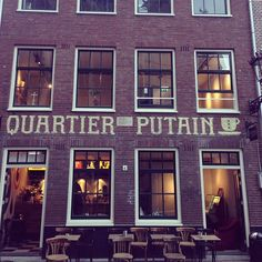 Quartier Putain in Amsterdam, Noord-Holland www.friendsinamsterdam.com