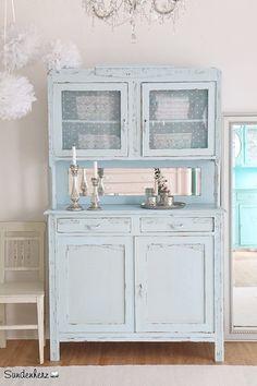 vintage buffets k chenbuffet k chenschrank in t rkis ein designerst ck von bleuetrose bei. Black Bedroom Furniture Sets. Home Design Ideas