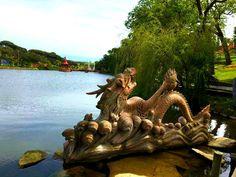 Bacalhôa Buddha Eden, O Dragão no Budismo simboliza a abundância de energia e a transformação