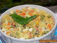 Salam de Biscuiti cu Rahat si Stafide Romanian Food, Pasta Salad, Salad Recipes, Potato Salad, Salads, Potatoes, Ethnic Recipes, Kitchen, Crab Pasta Salad
