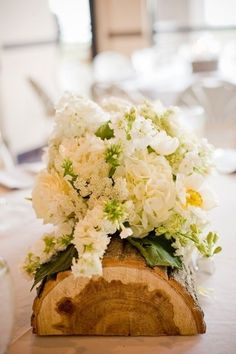 25 Ideas for Centerpieces  Wedding like the half log