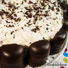 Schokokuss-Torte mit Biskuitteigboden, Kindergeburtstag Sweet Recipes, Cake Recipes, Cake & Co, Food Humor, Sweet Cakes, Sweet And Salty, Cakes And More, Diy Food, Delicious Desserts
