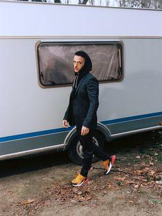 c. tangana zapatillas músico y actor entrevista exclusiva