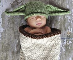 Keep your young Padawan safe and comfortable like only a Jedi can by dressing him in this Yoda baby costume. The costume is skillfully knitted from soft yarn to transform your baby into the iconic Jedi master with a burrito styled pouch and green eared beanie.