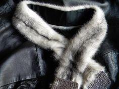 Pretty feminie cross mink fur belt - http://www.minkfur.net/pretty-feminie-cross-mink-fur-belt.html