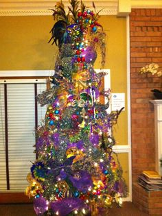 Keep your Christmas tree up a little longer and make it a Mardi Gras tree!