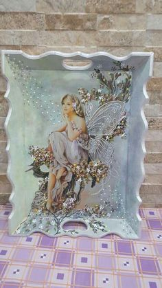 This is so Beautiful! Decoupage Vintage, Decoupage Wood, Decoupage Furniture, China Painting, Painting On Wood, New Crafts, Diy And Crafts, Fairy Art, Altered Art