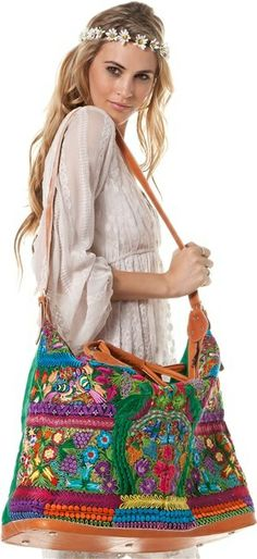 STELA9 BIRD WEEKENDER BAG. #fashion
