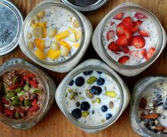 Oatmeal Mason Jar Breakfast Meals - I am adding chocolate raspberry to the list of topping ideas...delicious!
