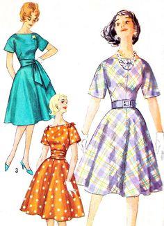 1960s Dress Pattern Simplicity 3815 Kimono Sleeve by paneenjerez, $14.00
