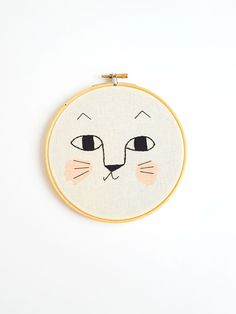 These hoops could be sweet presents for babies that even mom and dad will love, but also the handmade details you are searching for the toddler room.