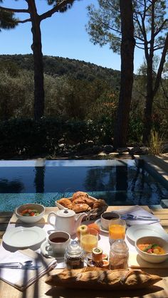 Good morning from Palombaggia☀️ We're staying in the Pool Suite at Les Oliviers de Palombaggia and already feel at home 😍 The best part is that we have our own private pool & a fully equipped outdoor kitchen! French breakfast by the pool 👌🏻 Beautiful Places To Travel, Most Beautiful Beaches, Outdoor Reisen, Ibiza Travel, Corsica Travel, Porto Vecchio, Travel Videos, Travel Scrapbook, Bora Bora