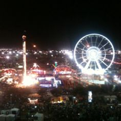 it is actually the Houston Live Stock and Rodeo. It used to be the Fat Stock Show. I guess that offended the cows. Houston Rodeo Carnival, Cowboy Town, Houston Livestock Show, Miss Texas, Country Strong, Showing Livestock, Texas Pride, H Town, Houston Texans
