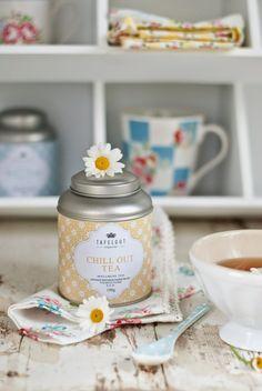 Chill out tea:) Minty House, Tea Brands, Tea Benefits, Tea Tins, Tea Box, My Tea, My Coffee, Coffee Time, Tea Recipes