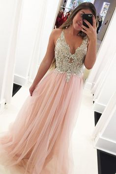 Beaded Top Pink Prom Dresses Long V Neck Crystals Sleeveless Elegant Tulle Prom Gown Robe De Soiree 2020 Vestido De Longo Cute Prom Dresses, Tulle Prom Dress, Elegant Dresses, Pretty Dresses, Sexy Dresses, Evening Dresses, Formal Dresses, Summer Dresses, Homecoming Dresses Long