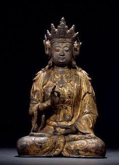 铜漆金观音坐像 创作年代 明 尺寸 高33cm 估价 330,000 - 380,000 RMB 作品分类 佛教文物其它 作品描述 说明:此尊菩萨为灌模铸造而成,按手势及着装还有开脸当为华严三圣造像中的文殊菩萨,故原本应该有三尊,现为单尊文殊菩萨造像。菩萨结跏趺坐姿,其顶束呈莲花朵状高髻,头戴高大华丽宝冠,冠前雕有小佛,脑后亦有一叶上雕小佛,较为特殊;耳侧缯带上卷,耳垂花饰垂肩,面目方正而丰润饱满,柳眉细弯,眼帘低晗,棱鼻小口,神态端庄肃穆、娴静祥和。其上身饰联珠式缨络,下身着裙,在装饰工艺上,此尊观音不仅造型、披饰熔铸饱满十分华丽之外,其通体还施以漆金,在历经数百年之后至今虽尽显斑驳古意,但仍不失熠熠光彩,其体型较大,铸工精湛,保存完好。 拍卖公司 北京博美国际拍卖有限公司 拍卖会 2015年秋季拍卖会 专场名称 《尚古存珍》—古董珍玩专场 拍卖日期 2016-01-07