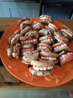 Terribly toothy cookies