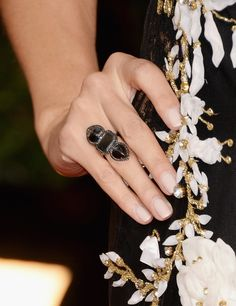 Heidi Klum added a moody black diamond Lorraine Schwartz ring to her look.
