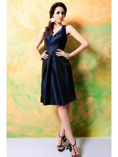 A-line V-neck Knee-length Taffeta Wedding Party / Bridesmaid Dress with Self-sash