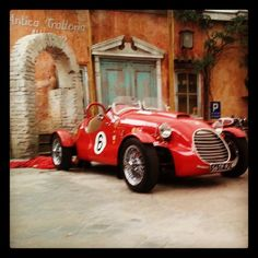 Il Cavallino Details - Private Location for Italian Events And Antique Cars, Van, Events, Board, Life, Italia, Vintage Cars, Vans, Planks