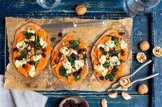 Podpłomyki z dynią i błękitnym serem Vegetable Pizza, Vegetables, Food, Essen, Vegetable Recipes, Meals, Yemek, Veggies, Eten