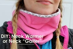 Neck feeling a little cold this winter? Make this super easy neck warmer (aka: neck gaiter). Made of cozy fleece and flannel, it's sure to keep you warm!