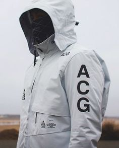 NikeLab ACG Gore-Tex® 2 in 1 System Jacket |  ΛCRИM P23TS-CH | C.E X Ashram Glove #2 |  NikeLab X Undercover Gyakusou Gaiter #carolinaherrera #perfume #perfumes #bolivia