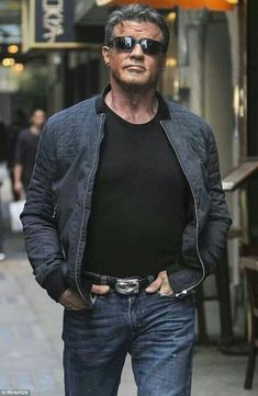 I can't be the only one who still thinks he's hot after all these years. Sylvester Stallone Age, Silvestre Stallone, Mature Mens Fashion, Stallone Rocky, Rambo, Oldschool, Rocky Balboa, Hollywood, The Expendables