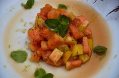 Un dolce alla frutta facile da realizzare. Sorpresa di #Frutti #Esotici al #Flambé. http://www.cucinovelocechic.it/sorpresa-di-frutti-esotici-al-flambe/