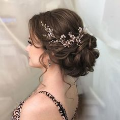 Hairstyle Wedding hair vine Extra Long Crystal and Pearl Hair Piece Flower headpiece Brida. Wedding hair vine Extra Long Crystal and Pearl Hair Piece Flower headpiece Bridal Jewelry Crystal wreath Accessories for bride Headband Vine Wedding Hair And Makeup, Wedding Hair Accessories, Hair Wedding, Hair Piece Wedding, Wedding Hair With Veil Updo, Bridal Hair Updo Elegant, Bridal Hair Vine, Wedding Veils, Wedding Hair Brunette