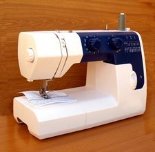 How to Adjust Thread Tension on a Sewing Machine