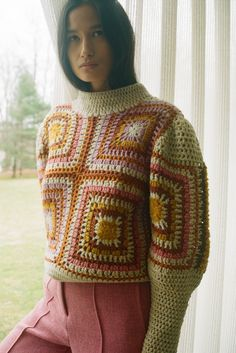 Sea Fall 2020 Ready-to-Wear Fashion Show Collection: See the complete Sea Fall 2020 Ready-to-Wear collection. Look 15 Pull Crochet, Mode Crochet, Crochet Wool, Crochet Jumper, Crotchet, Crochet Clothes, Diy Clothes, Clothes For Women, Jersey Hippy