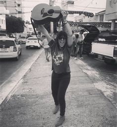 #VanesaMartin Lp, Hipster, Outfits, Style, Fashion, Singers, Display, Celebs, Musica