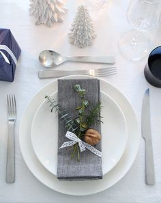 43 best Table Setting Inspiration images on Pinterest   Place ...