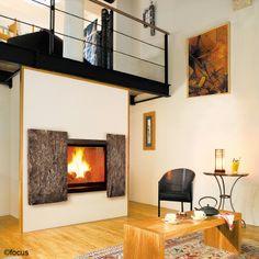 #cheminee metafocus 9 - foyer intégré fermé, façade en bronze signée #DominiqueImbert et numérotée, édition limitée, pour #feu à bois #design contemporain