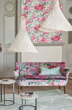 Chinese Whispers: Designers Guild& Spring 2015 collection: Tauriani Pale Jade hand knotted pile floor rug available online or visit your local stockist. Decor, Decorating Your Home, Floral Interior, Floral Sofa, Floral Room, Bright Color Decor, Soft Furnishings, Designers Guild, Sofa Pillow Sets