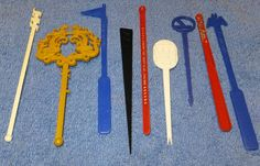Vintage Lot of Plastic SWIZZLE STICKS Hotels AIRLINES Advertising Assorted Lot7