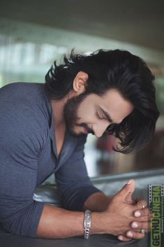 Mens Hairstyles With Beard, Boys Long Hairstyles, Hair And Beard Styles, Haircuts For Men, Cool Hairstyles, Long Hair Styles, Hairstyles Haircuts, Photo Pose For Man, Gents Hair Style