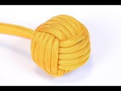 "Make a 1"" Monkey Fist With Survival Paracord - monkeyfist mace and monkey fist balloon ""ladder"""