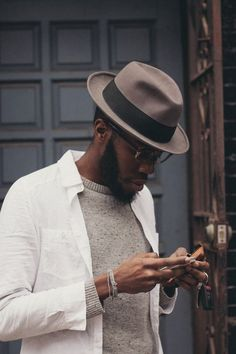 size 40 4b827 0ae9d Image by Bee Walker Chapéu Fedora, Trilby Hat Men, Sharp Dressed Man, Well