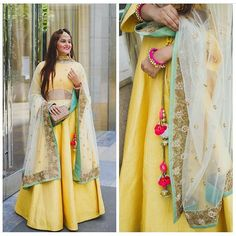 Lovedddd this Lehenga worn by @guiltybytes! Yellow seems to be the colour this season? Do you have a yellow Indian outfit you love? #pastel #yellow #Lehenga #bridesmaid #whattowear #weddinggueststyle #fashion #indianfashion #weddingfashion #style #weddingstyle #lightlehenga #bestlehengasof2016 #instafashion #blogger