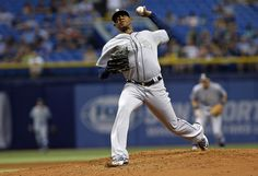 Roenis Elias Photos Photos - Roenis Elias #29 of the Seattle Mariners pitches during the third inning of a game against the Tampa Bay Rays on May 25, 2015 at Tropicana Field in St. Petersburg, Florida. - Seattle Mariners v Tampa Bay Rays