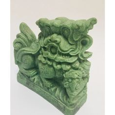 1970s Vintage Green Cast Soapstone Foo Dog | Chairish Dog Sculpture, Foo Dog, Chinoiserie Chic, Soapstone, Garden Statues, Vintage Green, Decorative Objects, 1970s, Oriental