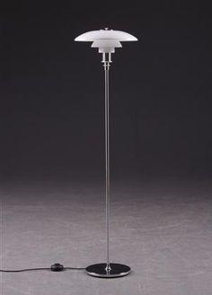 Poul Henningsen floor lamp. #danish