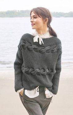 Knitting Patterns Pullover Title model Classici 13 with instructions for free Crochet Pullover Pattern, Knit Crochet, Cardigan Pattern, Big Wool, Diy Mode, Big Knits, Cool Sweaters, Sweater Fashion, Pulls