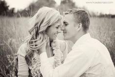 Engagement Photography – 30 Best Ideas www.designgrapher.com