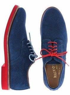 Walk-Over - Blue suede with unmatched shoelaces