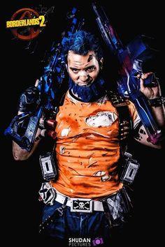 Salvador Gunzerker Borderlands 2 cosplay