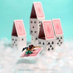 Miniature Art By Tatsuya Tanaka. Tatsuya Tanaka is a Japanese artist and Continue Reading and for more miniatures → View Website Minis, Miniature Calendar, Flotsam And Jetsam, Miniature Photography, Tiny World, Photos Tumblr, Human Art, People Art, Japanese Artists