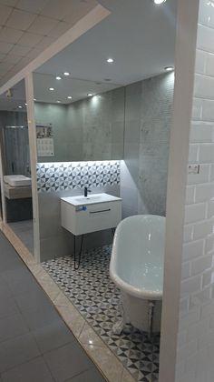 Meble łazienkowe z kolecji Futuris w Firma Handlowa Wójcik S.C. - Salon Łazienek Kraków #naszemeblenaszapasja #elitameble #meblełazienkowe #elita #meble #łazienka